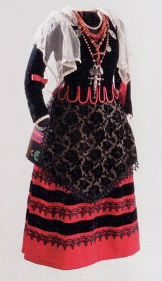 FolkCostume&Embroidery: Costume and embroidery of Segovia,. Castile, Spain
