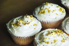 Vanilla Cupcake with Buttercream Frosting - Magnolia Bakery Recipe