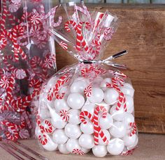 Candy Cane Cellophane Bags & Twist Ties