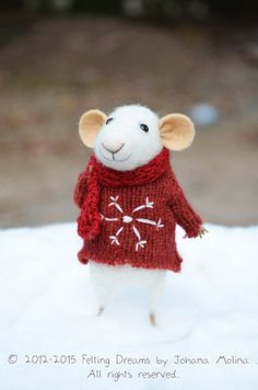 {little christmas mouse}