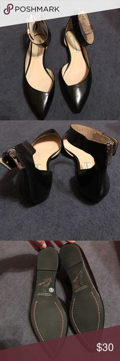 Kristin Cavallari flats Re-posh. These have been worn and are in good used condition. Chinese Laundry Shoes Flats & Loafers
