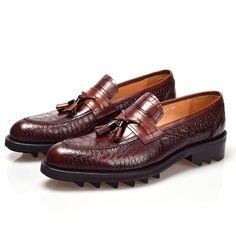 Crocodile Pattern Tassel Shoes