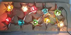 VINTAGE CHRISTMAS TREE FOIL STARS LIGHTED GERLAND MADE IN ITALY Ceramic Christmas Trees, Christmas Tree Toppers, Vintage Christmas Lights, Vintage Lighting, All Pictures, Italy, How To Make, Italia, Vintage Lamps