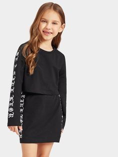 SheIn offers Girls Letter Print Tee & Skirt Set & more to fit your fashionable needs. Girls Fashion Clothes, Kids Outfits Girls, Teen Fashion, Kids Girls, Fashion News, Girl Outfits, Casual Outfits, Girls Dresses, Cute Outfits