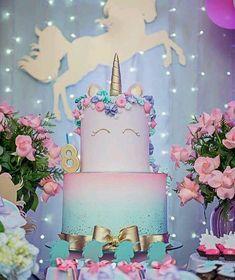 Beautiful ombré unicorn cake