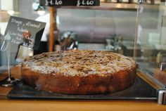 That is how the orange, almond and polenta cake looks like today.