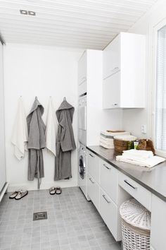 Laundry with bathroom combination can be a smart solution for utilizing small spaces, ranging from making a hidden laundry cabinets, or simply put the laundry in the bathroom Laundry Room Layouts, Laundry Room Bathroom, Laundry Room Storage, Closet Storage, White Bathroom, Small Bathroom, Shower Bathroom, Basement Bathroom, Layout Design