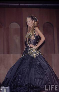Christy Turlington: Gianni Versace