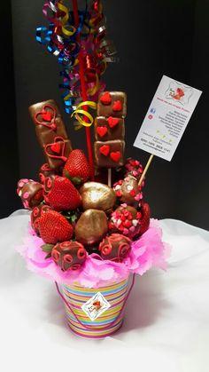 Arreglo No. Hecho especialmente para una princesa. Tenemos a disponible globos, bombones, galletas y toda clase de frutas para sus detalles comestibles. Disponemos de Servicio de entregas Contáctenos Tel:88905606