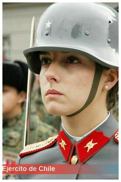 Ejército de Chile 🇨🇱mujer Army Woman Idf Women, Military Women, Military History, Best Uniforms, Girls Uniforms, Chile Girls, Military Dresses, Military Girl, Military Jacket