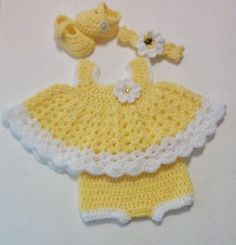 Crochet Bright Yellow Baby Girl Dress Set with Bloomers, Headband and Mary Jane Booties Sunflowers Spring Summer Newborn Dress Set #crochetdresses
