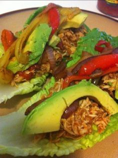 Paleo Crockpot Fajitas - Recipe is for the chicken. Then sauté veggies and serve in lettuce boats with avocado. Primal Recipes, Whole Food Recipes, Healthy Recipes, Paleo Food, Paleo Meals, Healthy Dishes, Healthy Foods, Paleo On The Go, How To Eat Paleo