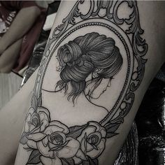 @enymor regram @which_ink_i_like Done by @fetattooer  #whichinkilike #ladytattoo #linework #blackwork #blackandwhite #frametattoo #flowertattoo #dotworktattoo #dotwork #submission