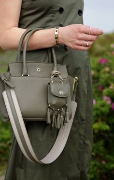 Bella Bag by Etienne Aigner Munich, Fall My Bags, Purses And Bags, Hand Bags 2017, Leather Bags Handmade, Mini Bag, Fashion Bags, Leather Handbags, Bag Accessories, Tote Bag