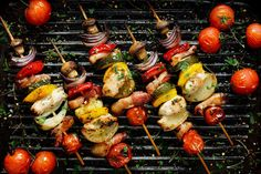 Most of the people want to know about indoor grill-related items. So read our topics of 8 Tips That Will Help You to Choose Your Indoor Grill for your home. Grilled Chicken Kabobs, Grilled Vegetables, Chicken And Vegetables, Grilling Sides, Healthy Grilling, Avocado Brownies, Barbecue Recipes, Grilling Recipes, Vegetable Kebabs