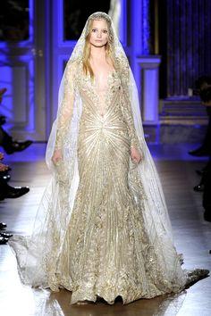 Gorgeous, Sparkling Wedding Gown