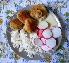 Rántott gomba (csicseriborsó lisztes bundában) vegán tartárral, retekkel, rizzsel