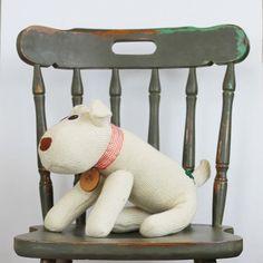 Irish Gifts On-Line Beautiful Dogs, Dog Tags, Irish, Socks, Beige, How To Make, Handmade, Gifts, Decor