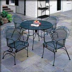 Nebraska Furniture Mart – Lyon Shaw 5 Piece Mesh Patio Dining Set