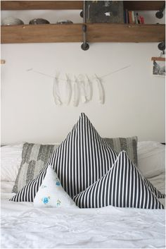 Top 10 Adorning And Functional DIY Pillows - Top Inspired
