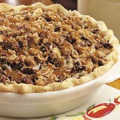 Caramel-Pecan Apple Pie Recipe from Taste of Home -- shared by Gloria Castro of Santa Rosa, California Pizzas, Apple Dessert Recipes, Apple Recipes, Delicious Desserts, Yummy Recipes, Pecan Desserts, Fall Recipes, Yummy Food, Muffins