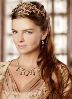 Sultan Pictures, Kosem Sultan, Theatre Costumes, Old Dresses, Turkish Beauty, Ottoman Empire, Fantasy Jewelry, Turkish Actors, Love Story