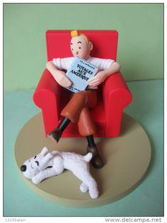 Figurines BD Tintin 2009 figurine plastique DIORAMA L'OREILLE CASSEE Tintin fauteuil Milou (c) Hergé Moulinsart