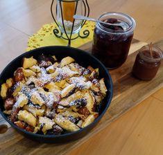 Topfen-(Kaiser)-Schmarrn Dessert, Crepes, Sweet Stuff, Acai Bowl, Breakfast, Food, Kaiserschmarrn, Strawberries, Food Portions