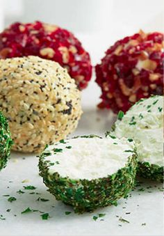 Savory Mini Cheese Balls – Use PHILADELPHIA Cream Cheese to make these delicious cheese balls. Perfect for entertaining, these creamy appetizer bites are perfect to start your next dinner party.