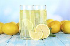Limonaden-, Zitronensaft-, Ahornsirup- oder auch Cayennepfeffer-Diät – es gibt viele Namen für die Master Cleanse-Diät, die Fastenkur hat aber immer den gleichen Zweck: abnehmen und entgiften mit Hilfe von süßsauren Getränken. Wir verraten Ihnen, wie es funktioniert und geben Tipps, was Sie beachten sollten.