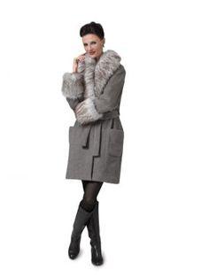Faux-Fur Coat - We're featured! Faux-Fur Coat - Threads Threads #182 (Dec 2015/Jan 2016)