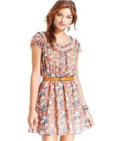 Bought this dress today. Love it with a fatter belt, chunky earrings and brown cowgirl boots