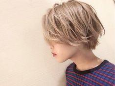 【HAIR】松下 みちるさんのヘアスタイルスナップ(ID:344357) Asian Short Hair, Short Curly Hair, Girl Short Hair, Short Hair Cuts, Curly Hair Styles, Short Hair Styles For Round Faces, Hairstyles For Round Faces, Short Bob Hairstyles, Girl Hairstyles