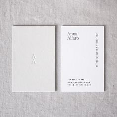 An embossed design is a unique idea! Business Branding, Business Card Logo, Business Card Design, Minimal Business Card, Name Card Design, Presentation Cards, Bussiness Card, Marca Personal, Print Packaging