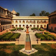 Rambagh Palace Hotel -Kristy Caylor http://blogs.wsj.com/scene/2014/02/03/finding-serenity-in-a-hotel-room/
