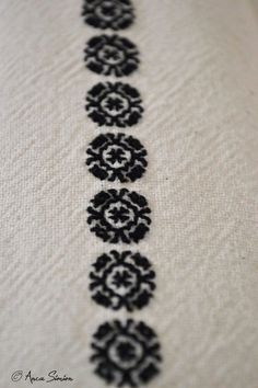 #iaaidoma Romanian blouse. New embroidery, recreation of original blouses in museums around the world. Detail.