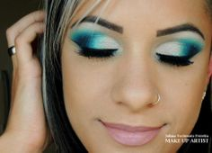 pretty eye make up!