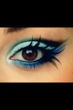 Feeling blue: crazy eye makeup