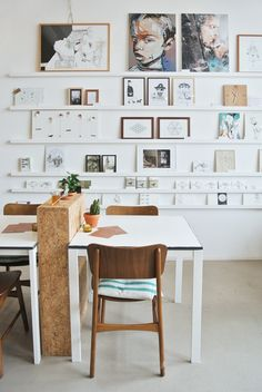 My Attic: Hotspots: Broei Utrecht Studio space ideas Inspiration Wall, Interior Inspiration, Grand Cadre Photo, Gallery Cafe, Gallery Walls, Art Mur, Interior Architecture, Interior Design, Wall Decor