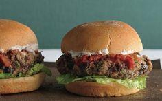 Black Bean Veggie Burger Recipe (blk beans no meat)  sounds delish!