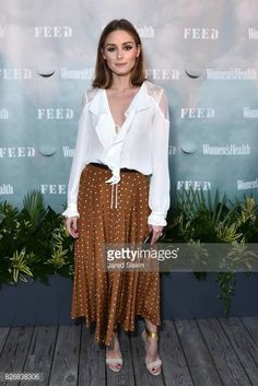 Olivia Palermo attends Women's Health and FEED's Annual Party Under . Olivia Palermo attends Women's Health and FEED's Annual Party Under the Stars at Bridgehampton Tennis an Estilo Olivia Palermo, Olivia Palermo Lookbook, Olivia Palermo Style, Diane Von Furstenberg, High Street Trends, Freida Pinto, Brown Outfit, Dressy Tops, Look Chic