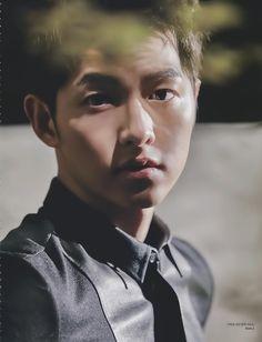 Song Joong Ki 송중기 for ELLE Korea Oct '15 issue. So dreamy.