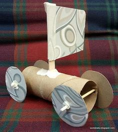 Recyclable materials sail cars for young learners. Material can be recycled afterwards.