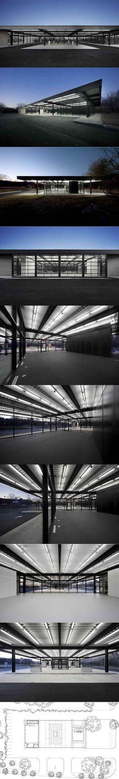 1969 Mies van der Rohe - Gas Station / Nun's Island Canada / USA / steel glass / black / minimalism