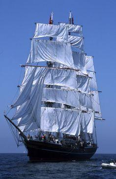 Clipper Stad Amsterdam, Brest 2000 tall ship festival