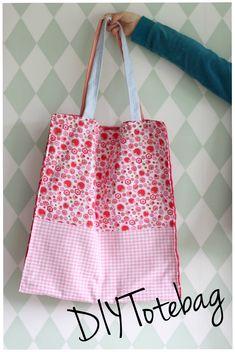 DIY tote bag - katoenen tasje - naaiproject beginners met werkbeschrijving