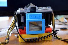 """Fotografia, il dispositivo che fa """"risorgere"""" la vecchia analogica."""