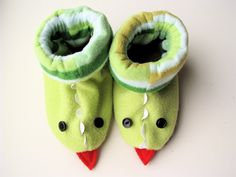 Dragon slippers - these are so cute!!  And you can pretty much adapt them any way - size, decoration, what animal they look like - the possibilities are endless!