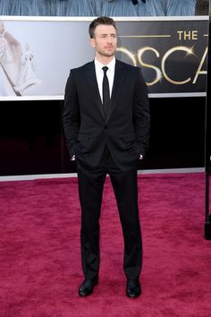 Chris Evans - Red Carpet Arrivals at the Oscars 2013