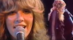 """28-Year-Old Stevie Nicks Crashes Late Night TV, Absolutely Slays """"Rhiannon"""""""